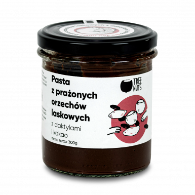 Roasted hazelnut spread with dates and cocoa